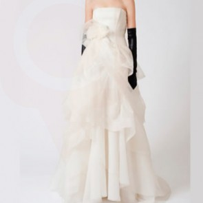 ERIN - Vera Wang Wedding Dress -  SIZE 12 - IVORY