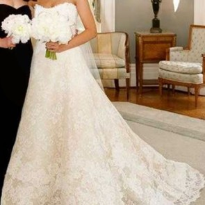 NATHALIE - Vera Wang Wedding Dress -  SIZE 10 - IVORY