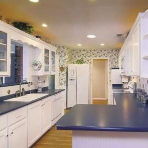 Kitchen Cabinet Refinishing / Reglazing