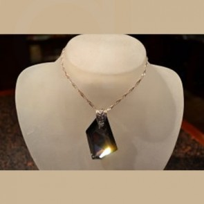 Jet Black Pendant - Fashion Jewellery