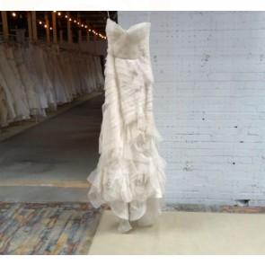 111111  - Vera Wang Wedding Dress -   Size  8 - Ivory